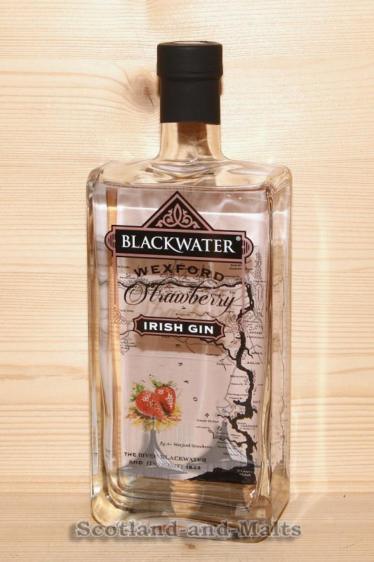 Blackwater Wexford Strawberry Irish Gin mit 40,0% von der Blackwater Distillery - Gin aus Irland